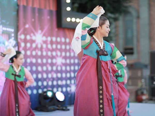무형문화재공연 - 수건춤 사진